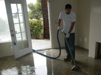 Water Extraction and Flood Restoration San Diego CA