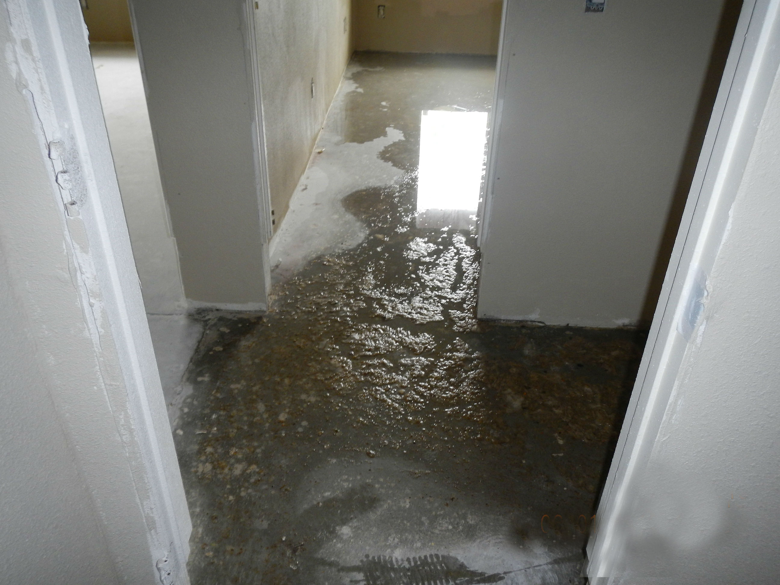 water damage abatemnt and structural drying San Diego CA
